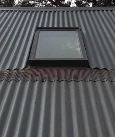 Velux Skylight with standard EDW flashing in Colorbond roof