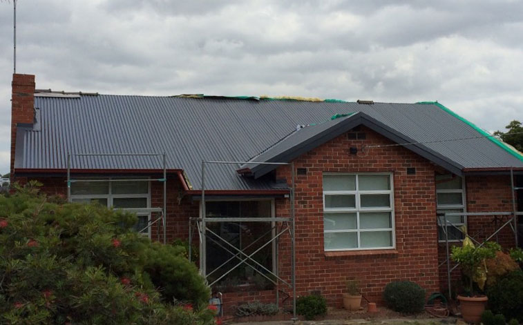 Tile to Colorbond Roof Replacement - Balwyn (image)