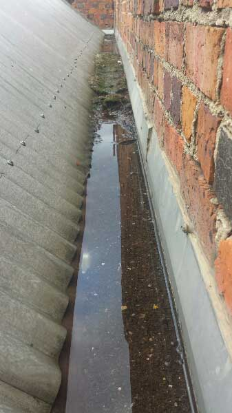 Leaking Box Gutters |Box gutter holding water | Melbourne | Roofrite