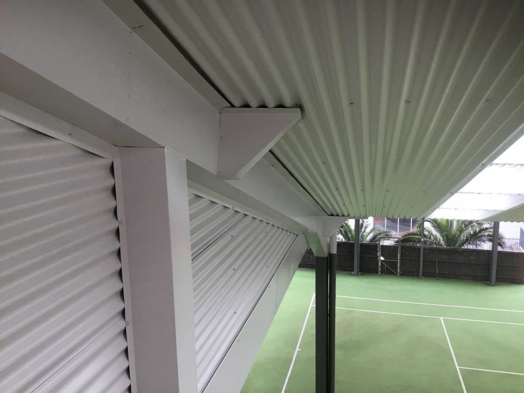 Corrugated wall cladding and flashings - details (image)