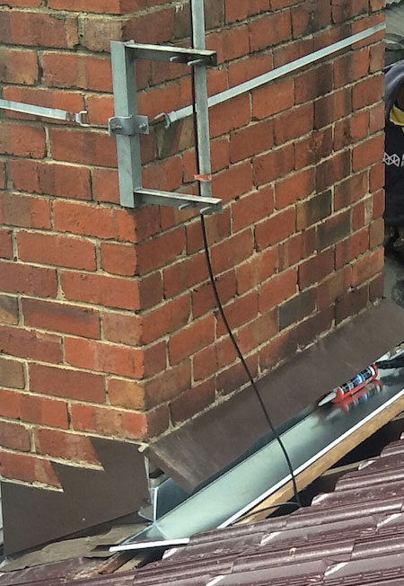 Roof Leaks Water Leaking In Through Chimney Melbourne