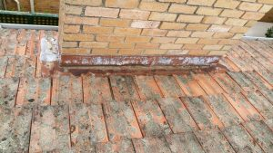Water Ingress Through Chimney | Rusted Chimney Tray | Melbourne | Chimney Leaks | Roofrite